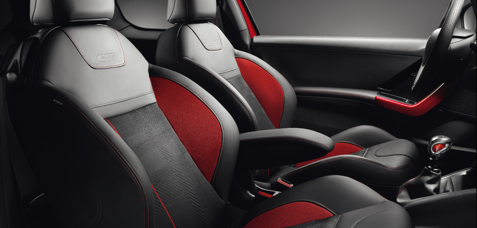Peugeot 208 gti auto ridderhof for Interieur 208 gti